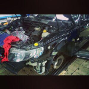 Saab сервіс автомобіля